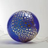 SOGNI CURVI SETTE - Pittura a foglia oro su metacrilato termoformato dall'artista - Diametro sfera cm 60 -  2011