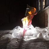 SOGNI CURVI SEI – Metacrilato termoformato a mano con interventi pittorici e in foglia oro – 2009