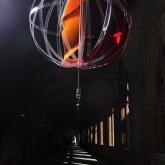 SOGNI CURVI CINQUE – Metacrilato termoformato a mano con interventi pittorici e in foglia oro – Diametro sfera cm. 80 - 2009