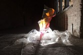 SOGNI CURVI NOVE - Metacrilato termoformato a mano con interventi pittorici e in foglia oro – 2009