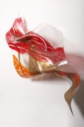 Sogni Curvi Nove - Plexiglass termoformato dall'artista + interventi xilografici e foglia oro  2009 - cm 160 x 70 x 30